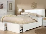 Кровать белого цвета освежит Ваш интерьер