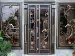 Кованые двери — защита и красота вместе