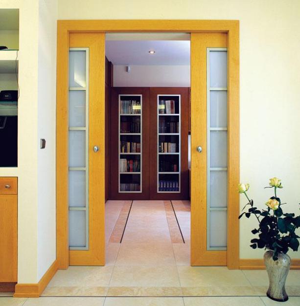 Раздвижная межкомнатная дверь типа пенал